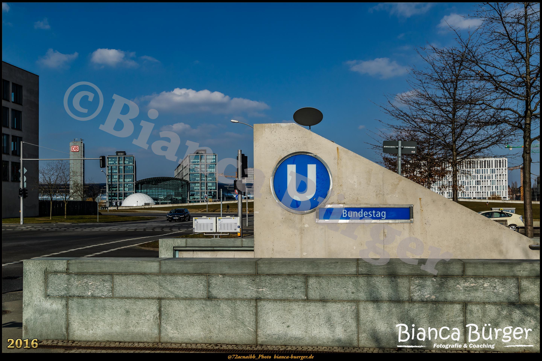 Spaziergang durch das Regierungsviertel und die U55 (Bezirk Mitte)